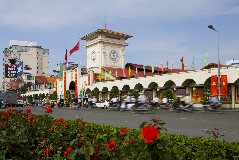 Taste of Saigon on motorbike