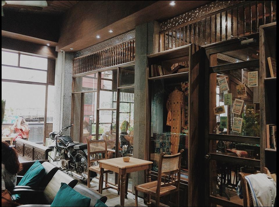 A nostalgic café