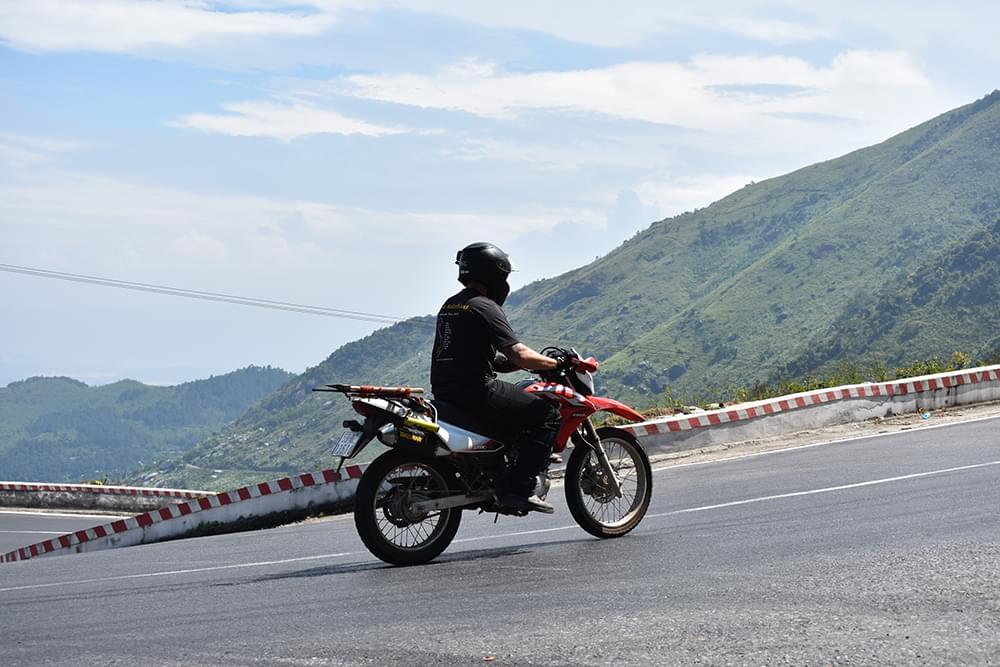 hai van pass motorbike xr vietnam