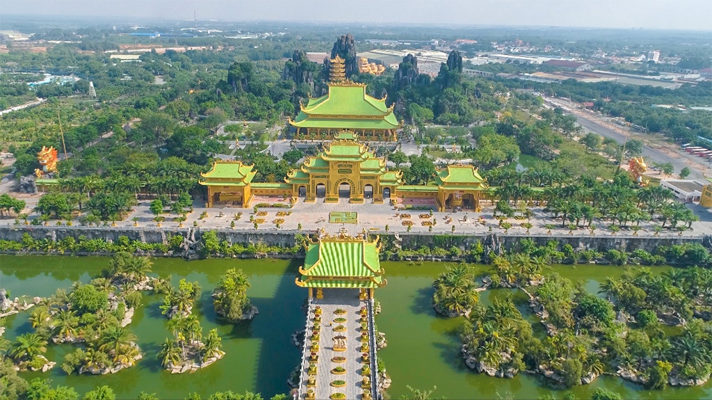Dai Nam tourist area
